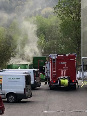 11.04.2020 Containerbrand, Rudolf-Blessing-Str. 1