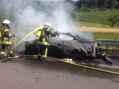 Fahrzeugbrand 25.06.2015_2