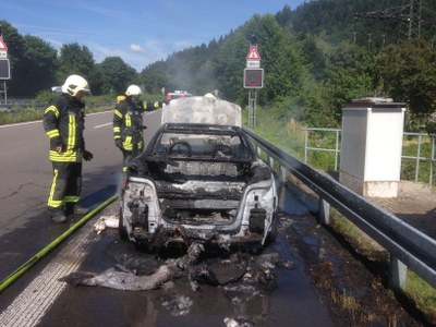 Fahrzeugbrand 25.06.2015