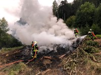 Kleinbrand Bucholz und außer Kontrolle geratenes Nutzfeuer im Wegelbach