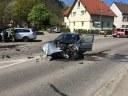 Mülleimerbrand und Verkehrsunfall