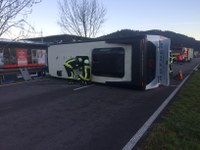 Verkehrsunfall B294, kurz nach Abfahrt Simonswald