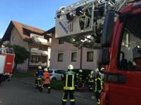 """Einsatzstichwort: """"Wohnungs- und Gebäudebrand"""", Werkheimstraße Kollnau"""